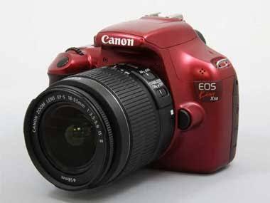 初心者モデル廉価版の一眼レフカメラ Canon EOS KISS X50